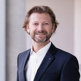 Unternehmensberater Christian Hener Executive Search for Investment Fonds & Family Offices, IT Industries and E-Commerce